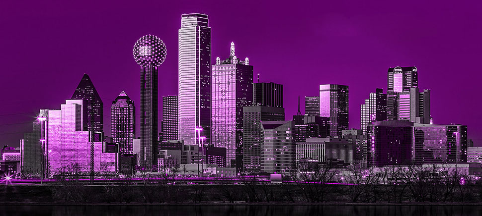 Skyline de Dallas pourpre