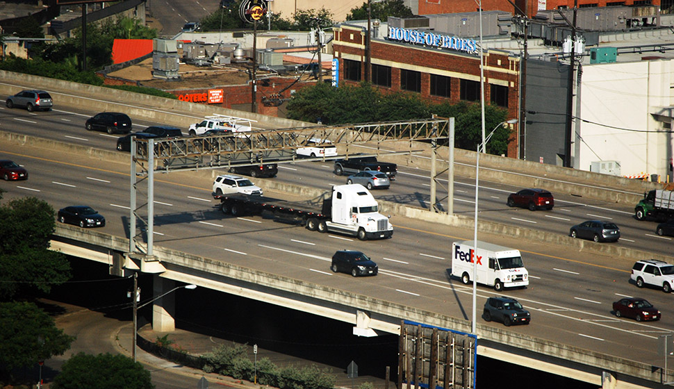 Woodall Rodgers freeway connects I-35E and U.S. 75/Central Expressway in the downtown area. (Photo by Lance Murray)