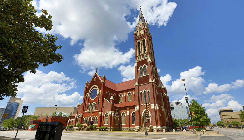 Cathedral Santuario de Guadalupe [Photo: DCVB]