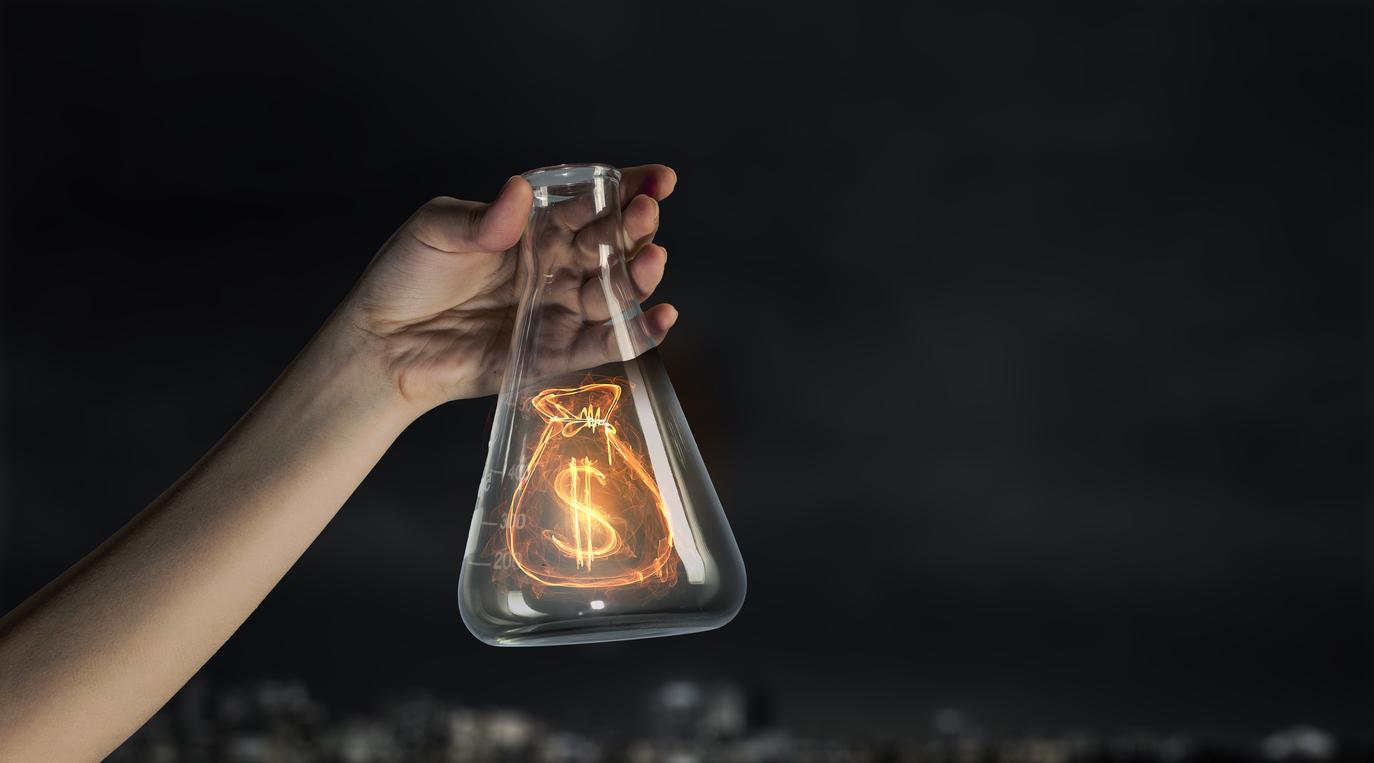 Follow the money concept [Illustration: Sergey Khakimullin/istockphoto]