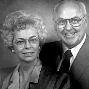 Peggy and Dr. Joe Schooler [Photo: Courtesy UNTHSC]