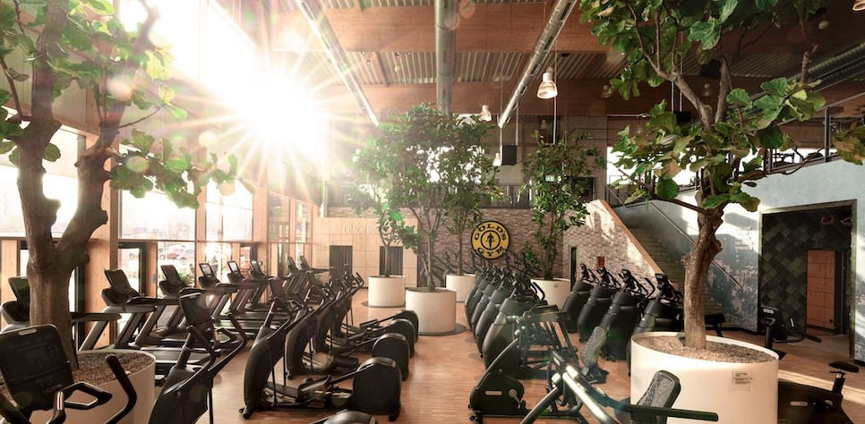 """Gold's Gym Introduces the """"Gym of the Future"""" with Berlin Flagship Campus"""